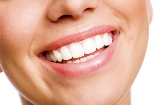 歯科業界で話題のメタリンホワイトニングとは? イメージ